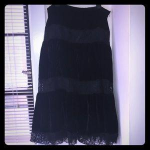 Dresses & Skirts - Black Lacey Skirt